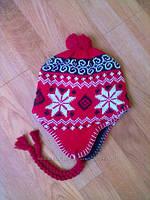 Теплая зимняя шапочка красная