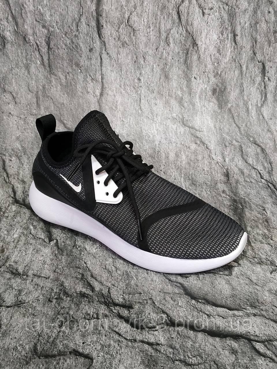 Мужские кроссовки Nike Lunarcharge Essential Uk Size 6.5