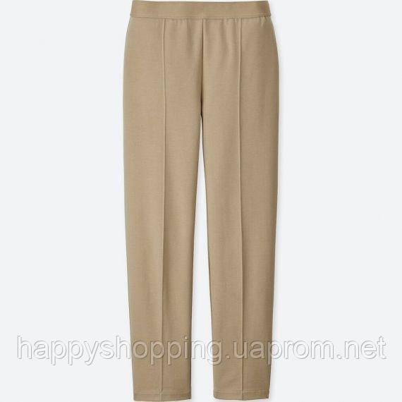 Женские стильные  бежевые зауженные  стрейчевые брюки на резинке Uniqlo