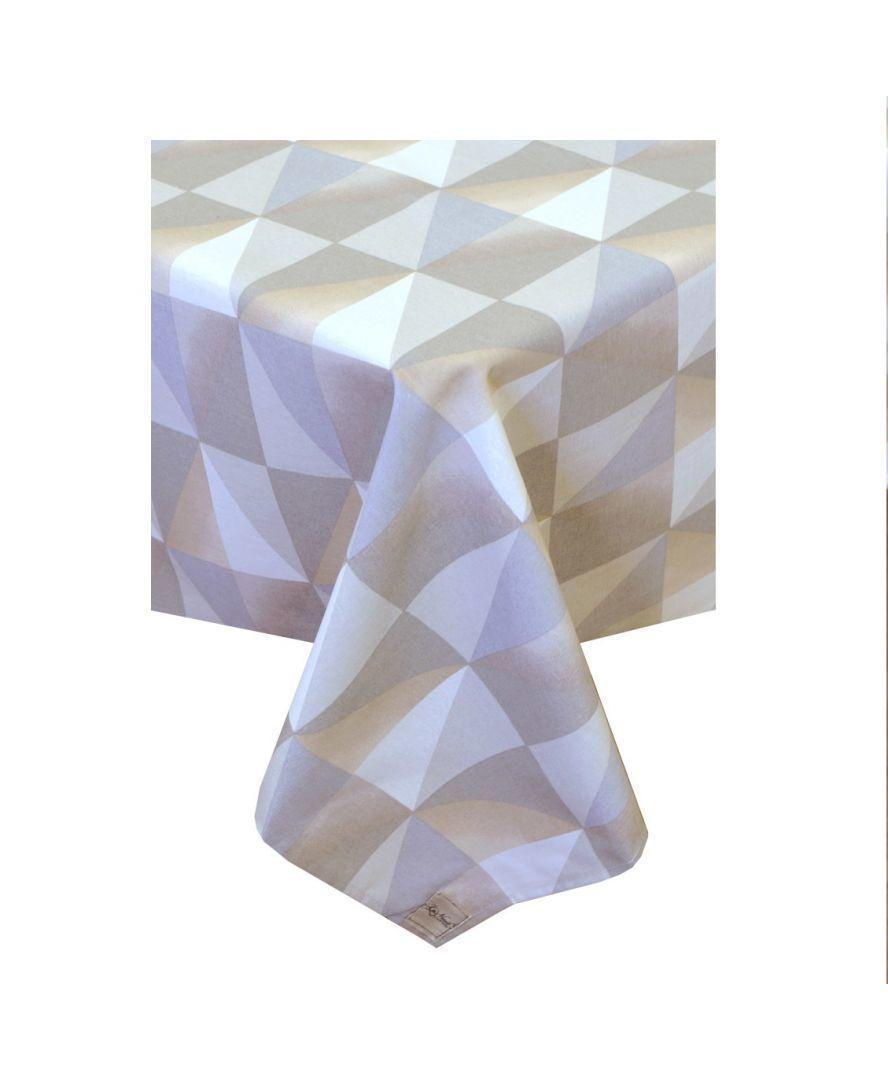 Водоотталкивающая скатерть Симфони треугольники
