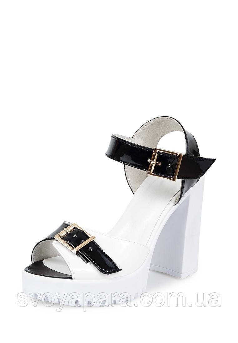 Босоножки женские черные с белым цвета из натуральной лаковой кожи на устойчивом каблуке 37, 24, Натуральная кожа лаковая, Черный с белым