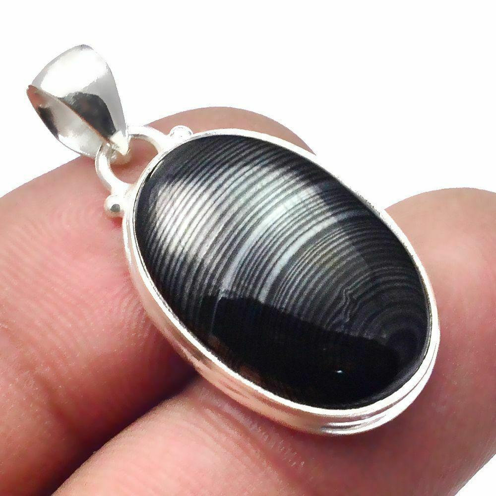 Кулон из серебра с псиломеланом черным малахитом, 22*14 мм., серебро 925, 478ПП