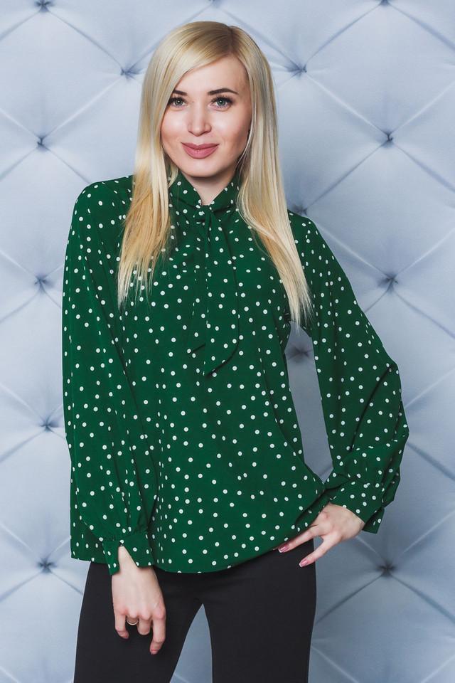 Блуза женская в горох зеленая