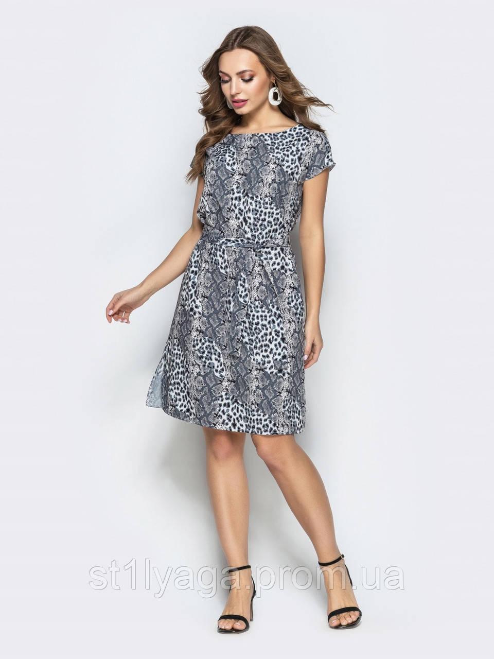 Платье прямого кроя с принтом ЛЕТО
