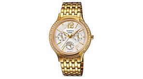 Часы наручные CASIO SHE-3030GD-7AUER
