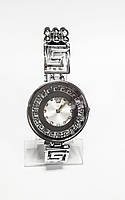 Женские часы на декоративном браслете в стиле Versace Серебристый