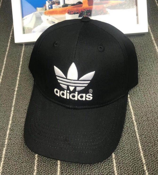 Кепка Adidas черная