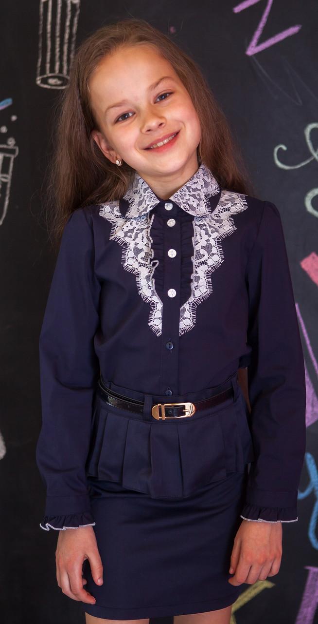 Рубашка для девочки синяя с кружевом и кружевным воротничком 146, синий