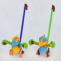"""Каталка Igrusha 350 (48/2) """"Дракончик"""" на палочке, машет лапками с погремушкой, 2 цвета, в кульке"""
