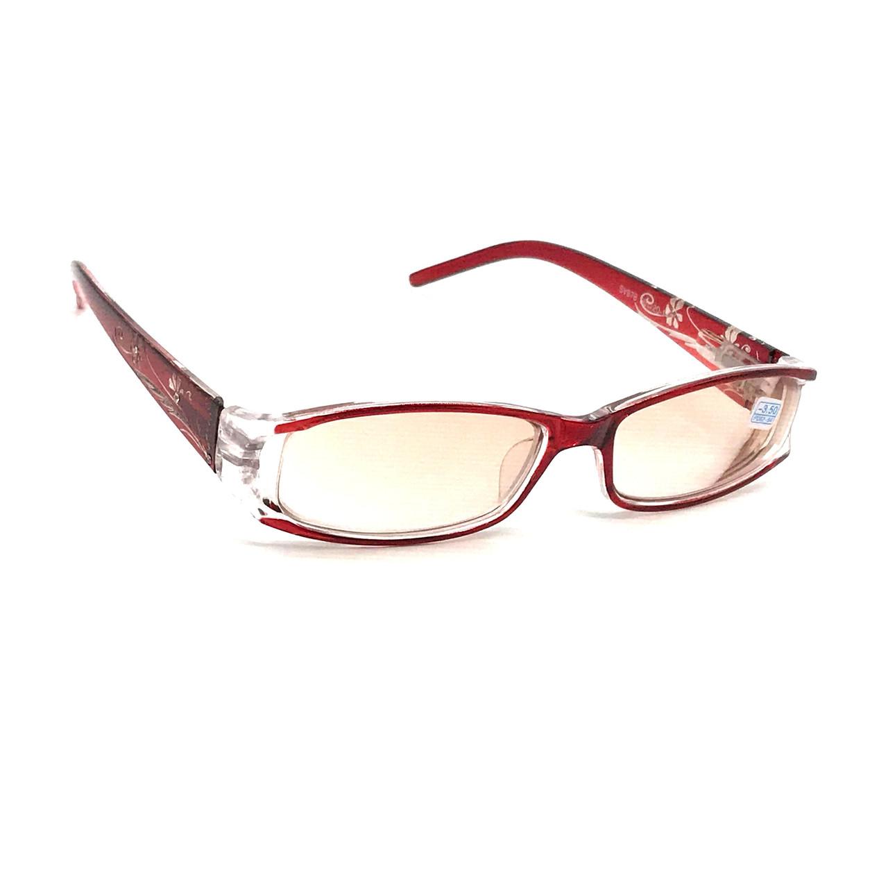Корригирующие очки с тонированной линзой
