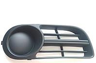 Оригинальная правая решетка (заглушка) переднего бампера Шкода Фабия Skoda Fabia 6y0807368b SkodaMag