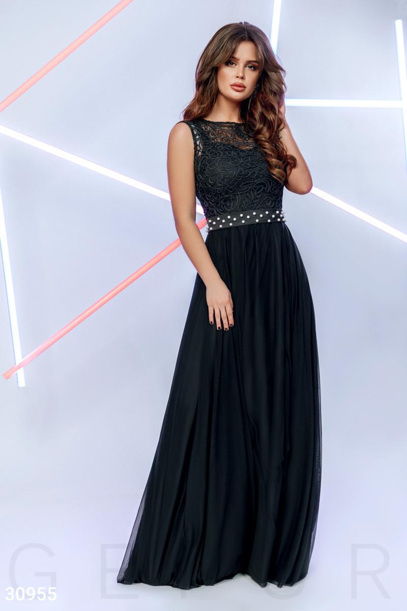Женское вечернее платье в пол юбка расклешенная без рукав с бусинами черного цвета