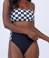 Красивый женский купальник с высокими плавками