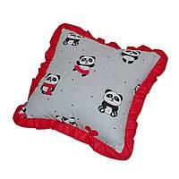Подушка декоративная с рюшем DavLu Панды 30х30 см красный (P-221)
