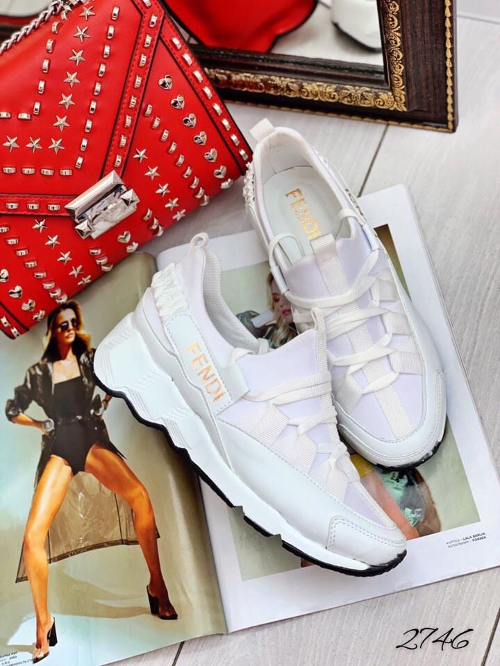 Кроссы белые Фенd ( Турция ).  Материал: обувной текстиль/эко-кожа 38 размеры