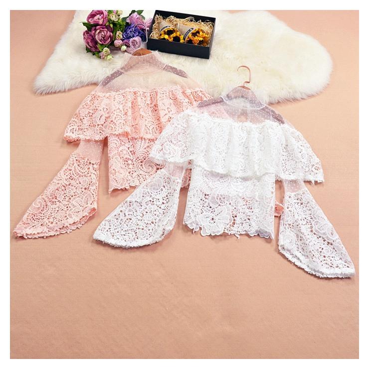 Блузка с расклешенным рукавом 42-44 (в расцветках)