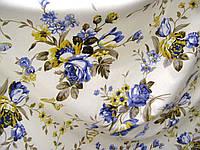 Ткань в стиле прованс, рисунок синие цветы, на молочном фоне