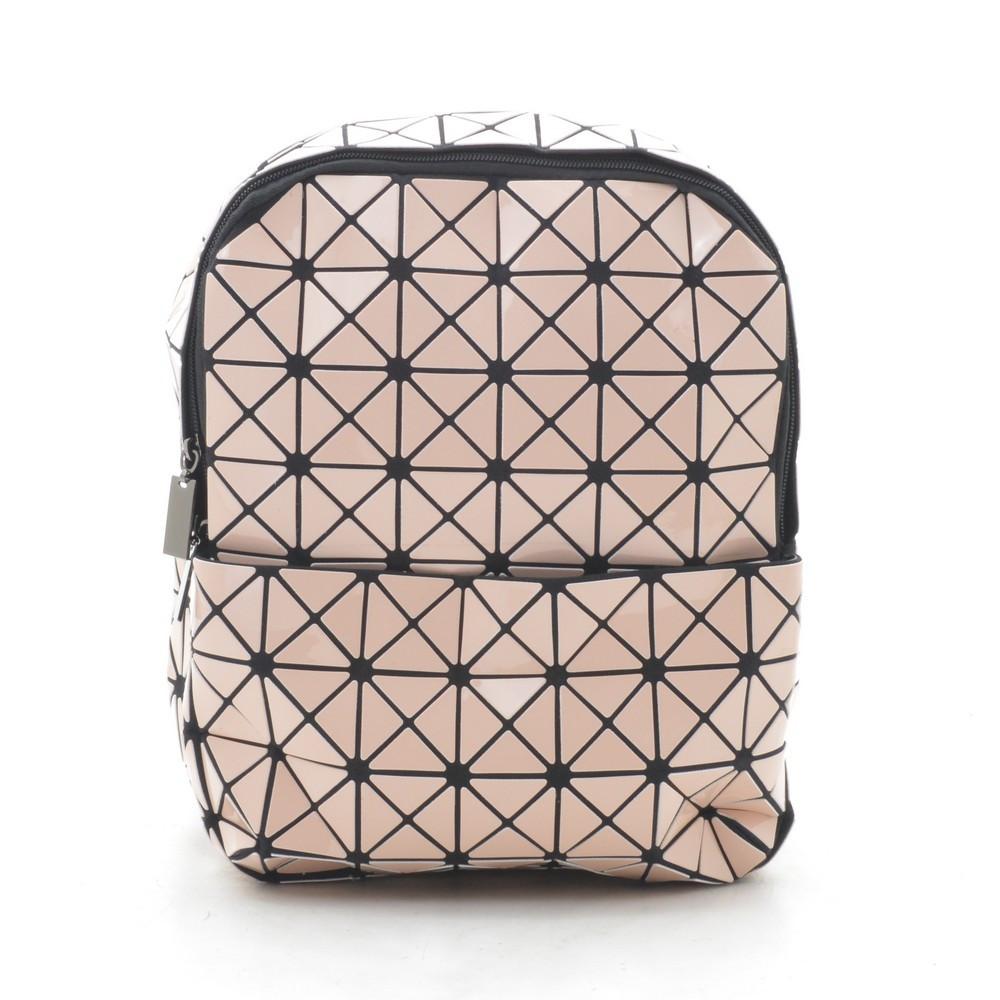 Рюкзак женский розовый (лак) треугольниками 175692