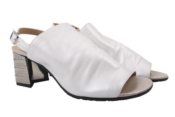 Босоножки женские на каблуке Aquamarin Турция натуральная кожа, цвет белый
