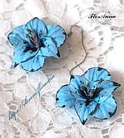 """""""Голубые гладиолусы"""" серьги с цветами ручной работы из полимерной глины. , фото 1"""