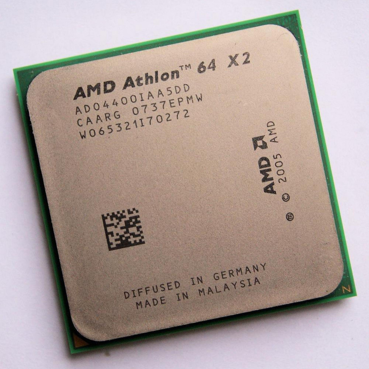 Процессор AMD Athlon 64 X2 4400+ 2.30GHz/1M/2000 (ADO4400IAA5DD) sAM2, tray