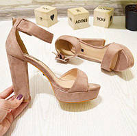 Босоножки замшевые на каблуке, фото 1