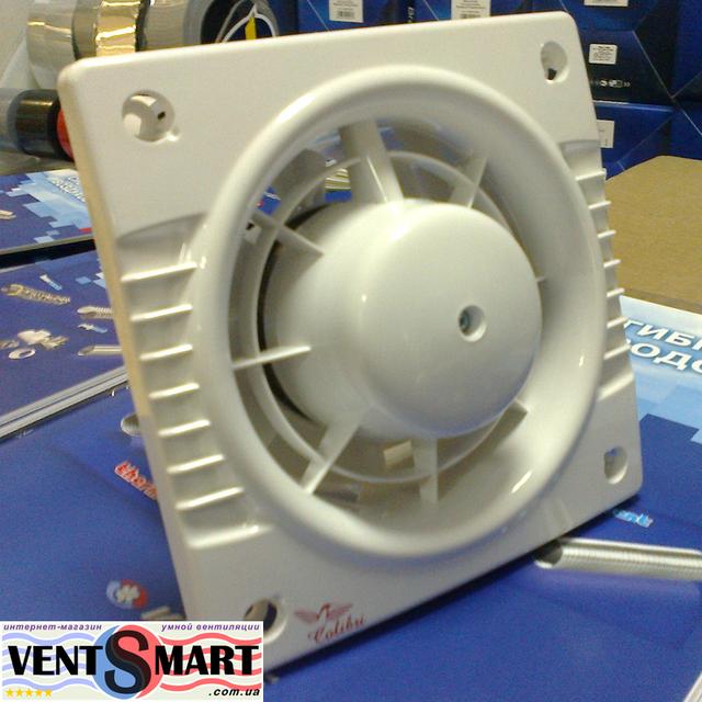 Вентилятор для вытяжной вентиляции в доме, в кафе, магазине или офисе Колибри 100. Вентилятор предназначен для вытяжной вентиляции, может монтируватся на стену или потолок. Вентиляторы колибри представлены в интернет-магазине вентиляции ventsmart.com.ua.