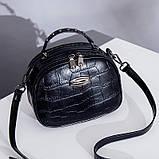 Модная маленькая женская сумка. Сумка женская  с тиснением под крокодила (черная), фото 2