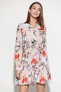 Красивое платье пудровое с цветочным принтом