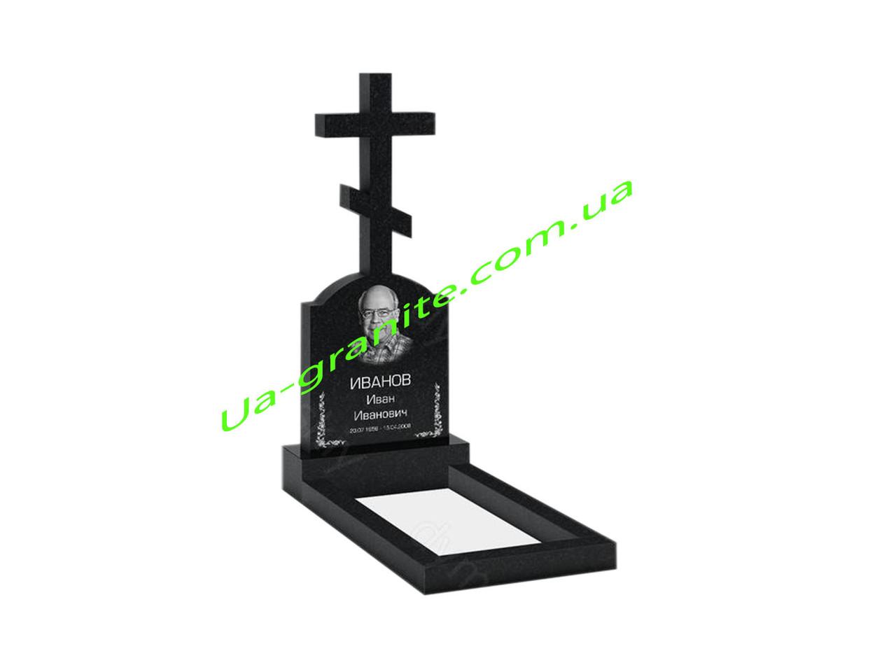 Православний хрест із граніту на кладовище тумба, квітник.