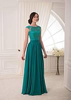 Насыщенное зеленое платье макси с кружевным верхом