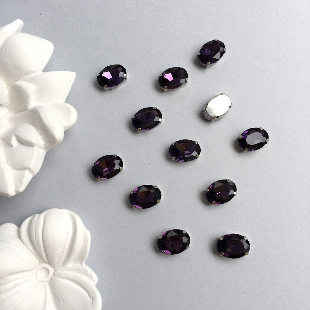 Кристаллы Овалы 10х14 мм в цапах. Цвет: Deep purple (глубокий фиолетовый)