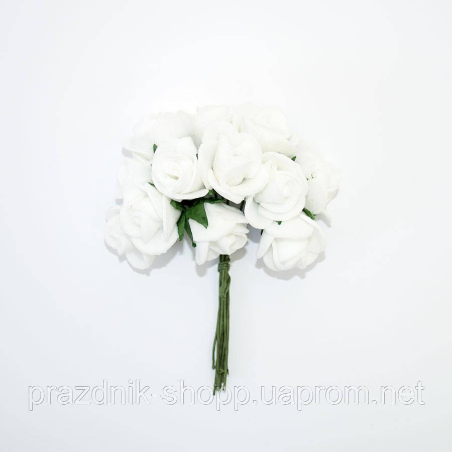 Розочка латексная, белая.