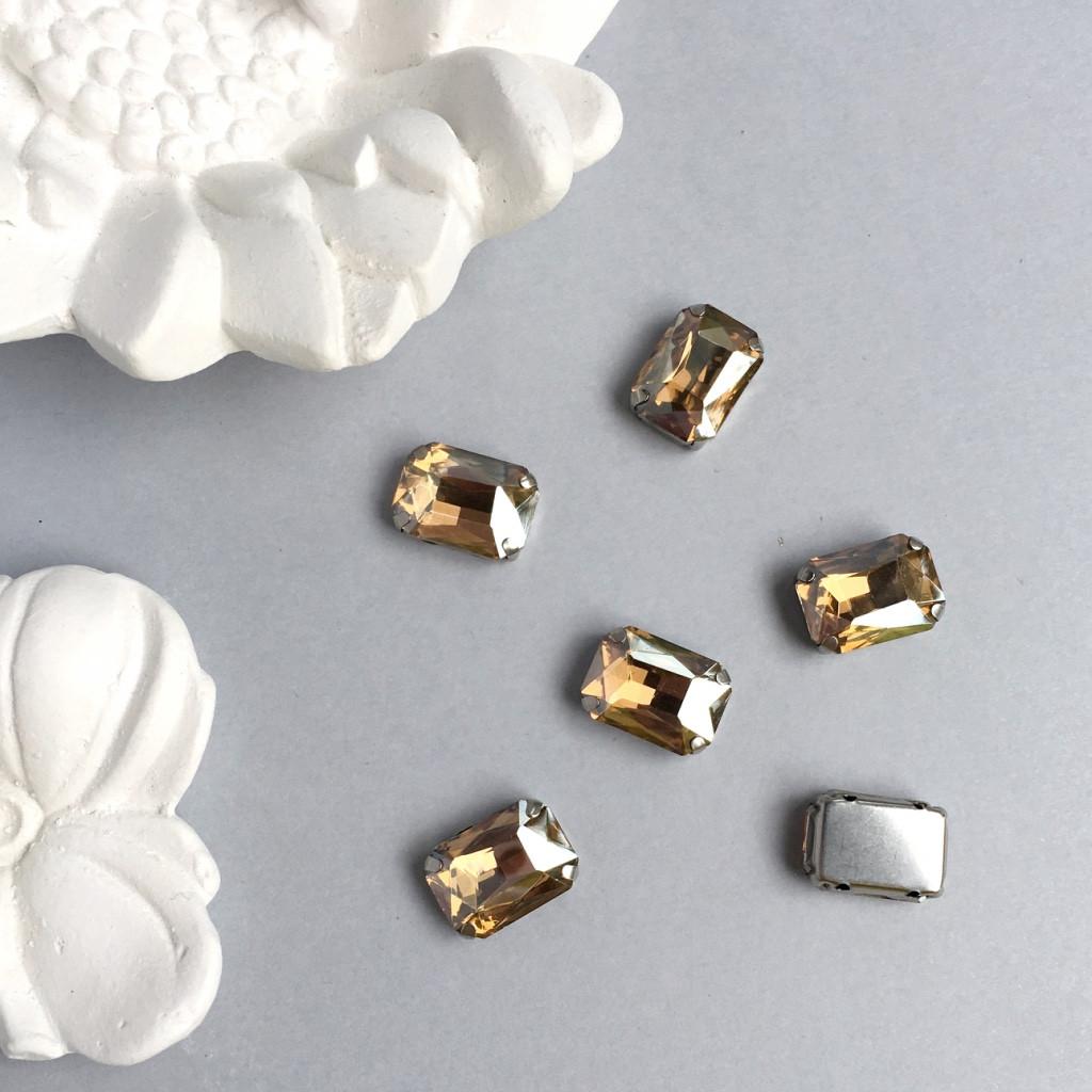 Кристаллы Прямоугольник 10х14 мм в цапах. Цвет: Champagne(Шампань)