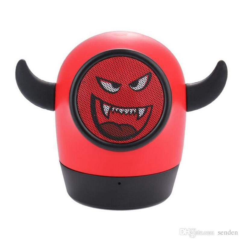 Портативная беспроводная Bluetooth колонка/ MP3 плеер  'Little Monster' + карта памяти 8GB +  кардридер