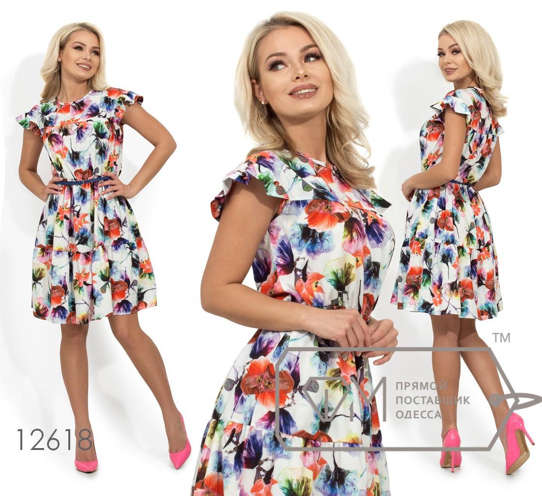 Короткое платье с цветочным принтом, рукавами-крылышки, поясом по отрезной талии и широким воланом, 2 цвета