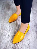 Женские кожаные туфли-балетки острый носок горчичного цвета