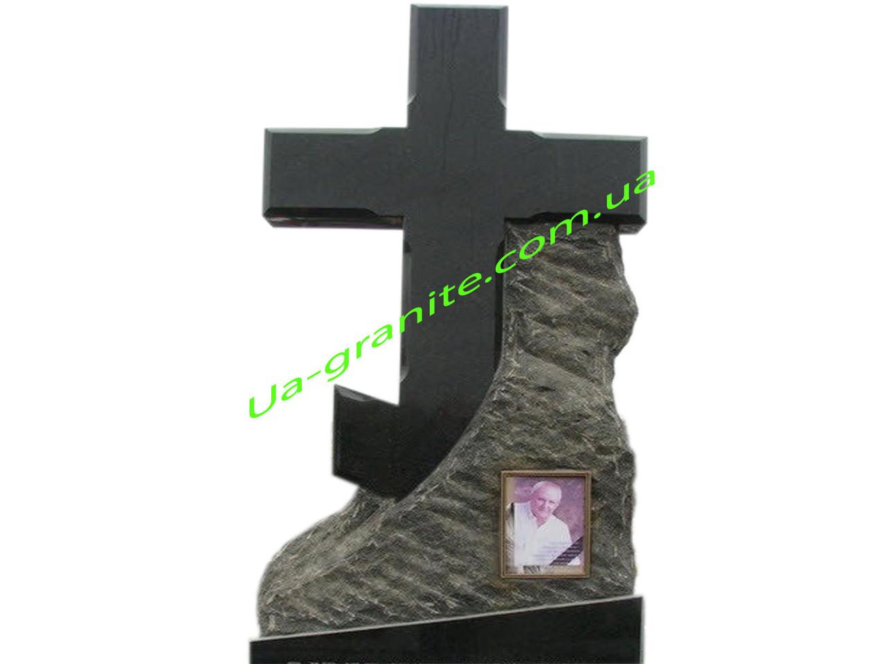 Православний хрест із чорного граніту на цвинтар для чоловіка