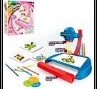 Проектор дитячий зі слайдами, фломастерами, світлом, 2 кольори, на батарейках, фото 2