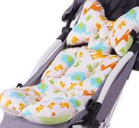 Вкладыш - матрасик хлопковый в детскую коляску, стульчик для кормления и автокресло (Жирафы)