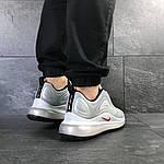 Чоловічі кросівки Nike Air Max 720 (світло-сірі), фото 4