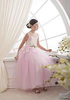 Красивое розовое детское платье с аппликацией и пышной фатиновой юбкой