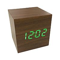 Часы сетевые VST-869 коричневые с зеленой подсветкой