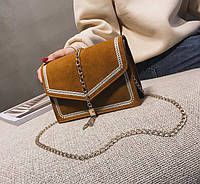 Замшевая сумка клатч с вышивкой на цепочке