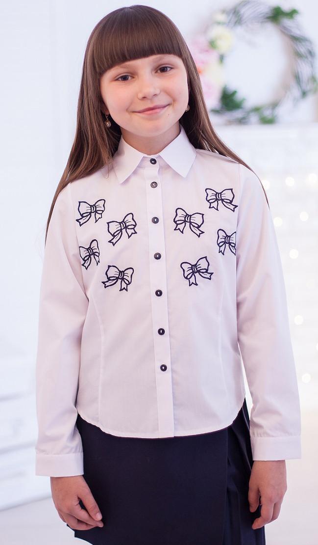 Красивая школьная блузка с вышитыми бантиками р.140