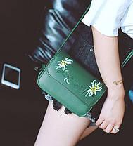 Нежная сумка клатч с вышивкой цветов, фото 3