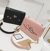 Модная сумка клатч с вышивкой