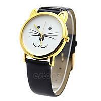 Часы с котиком