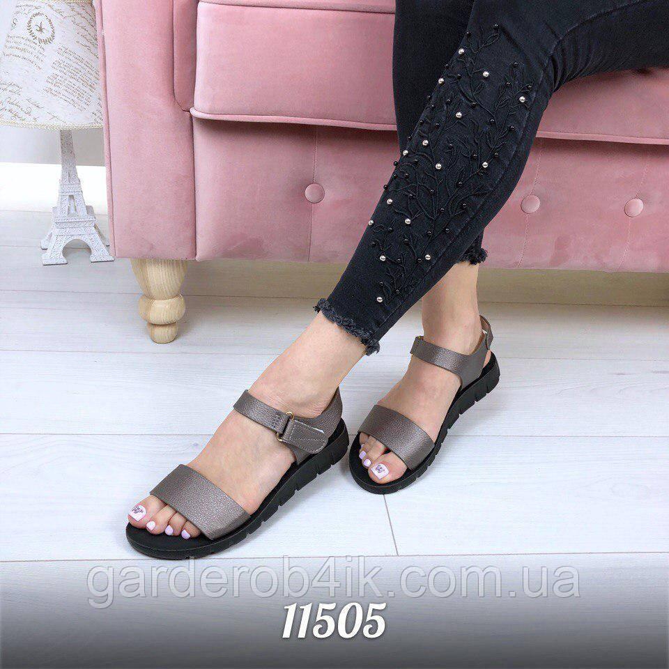 Жіночі босоніжки, сандалі колір бронза
