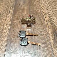 Личинка (сердцевина) замок багажника Toyota Corolla (E10)   07.1992 - 12.1997